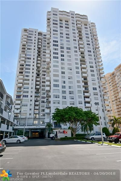 Aventura Condo/Townhouse Backup Contract-Call LA: 2750 NE 183rd St #2603