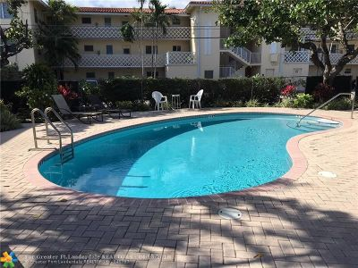 Fort Lauderdale Condo/Townhouse For Sale: 2829 NE 30th St #206