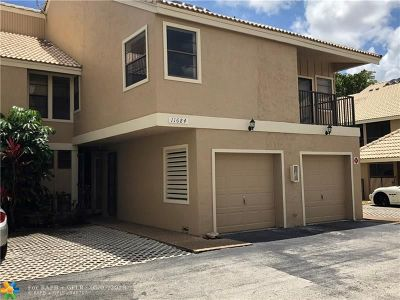 Coral Springs Condo/Townhouse For Sale: 11684 NW 20th Dr #11684