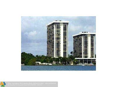 Miami Condo/Townhouse For Sale: 1915 Brickell Ave #C708