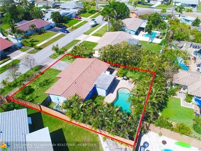 Deerfield Beach Single Family Home Backup Contract-Call LA: 129 SE 11th Ct