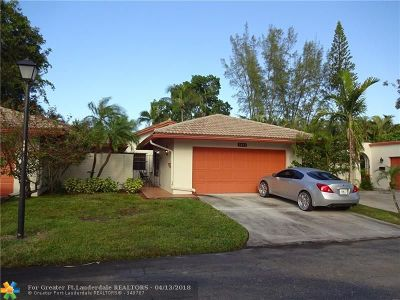 Lauderhill Condo/Townhouse For Sale: 3403 Rose Hill Way #.
