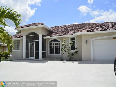 Coral Springs Single Family Home For Sale: 8824 NW 45th Pl