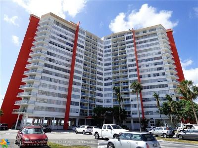 Miami Condo/Townhouse For Sale: 1301 NE Miami Gardens Dr #1702W
