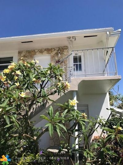 Pompano Beach Condo/Townhouse Backup Contract-Call LA: 301 S Golf Blvd #282