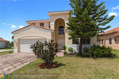 Pembroke Pines Single Family Home For Sale: 16593 NW 16 St