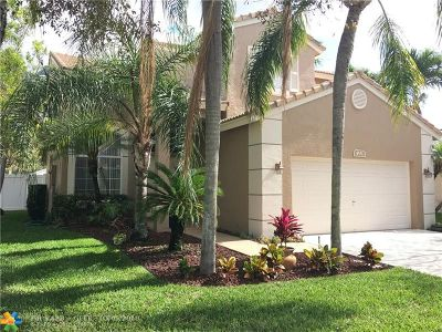 Deerfield Beach Single Family Home For Sale: 4551 NW 7th St