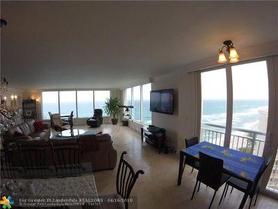 Highland Beach Condo/Townhouse For Sale: 3015 S Ocean Blvd #11A