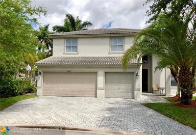 Coconut Creek Single Family Home For Sale: 4869 NW 53rd