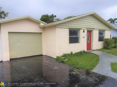 North Lauderdale Single Family Home For Sale: 513 SW 73rd Ave