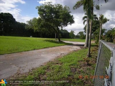 Southwest Ranches Residential Lots & Land For Sale: 13240 Stirling Rd
