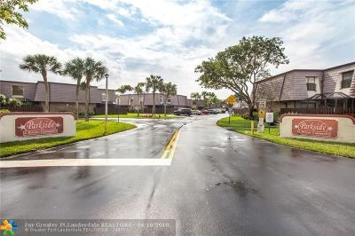 Coral Springs Condo/Townhouse For Sale: 2633 NW 99th Ave #2633