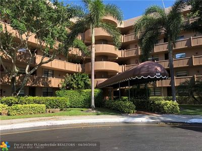 Pembroke Pines Condo/Townhouse For Sale: 900 Colony Point Circle #417