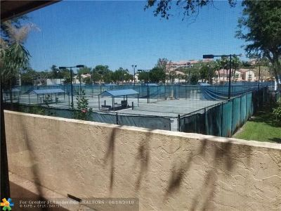 Deerfield Beach Condo/Townhouse For Sale: 41 Deer Creek Rd #G210