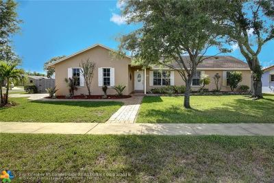 Plantation Single Family Home For Sale: 191 SW 125th Ave