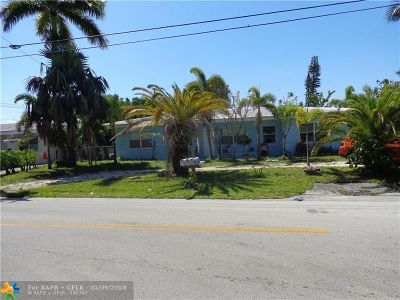 Pompano Beach Multi Family Home For Sale: 2300 NE 18th St