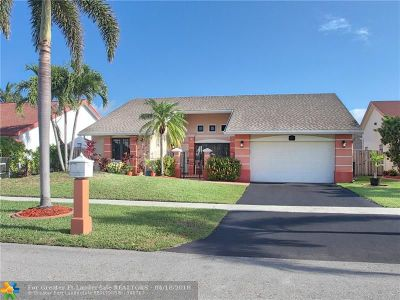 Sunrise Single Family Home For Sale: 9711 NW 32nd Mnr
