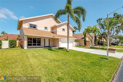 Pembroke Pines Single Family Home For Sale: 731 NW 207th Ave