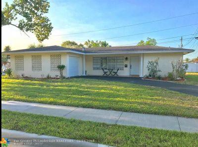 Margate Single Family Home For Sale: 6515 Margate Blvd