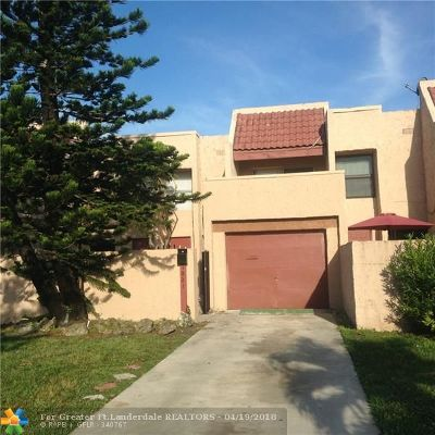 Lauderhill Condo/Townhouse For Sale: 1821 NW 56th Ter #18
