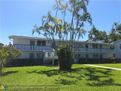 Deerfield Beach Condo/Townhouse For Sale: 121 Harwood J #121