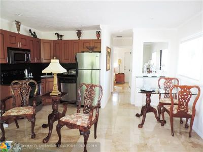 Fort Lauderdale Condo/Townhouse For Sale: 1900 NE 46th St #A5