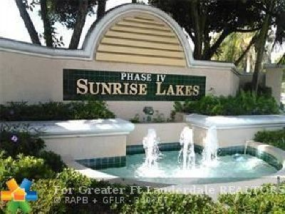 Sunrise Condo/Townhouse For Sale: 2601 N Nob Hill Rd #102