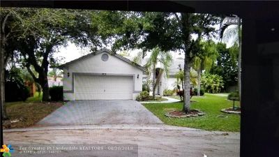 Coconut Creek Single Family Home For Sale