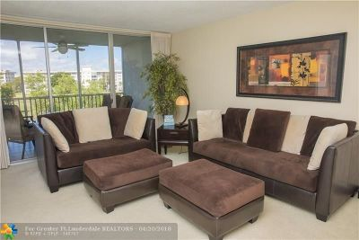 Pompano Beach Condo/Townhouse For Sale: 2651 S Palm Aire Dr #406