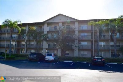 Condo/Townhouse For Sale: 650 SW 138th Ave #J111