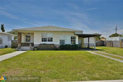 Delray Beach Single Family Home For Sale: 20 SW 9th St