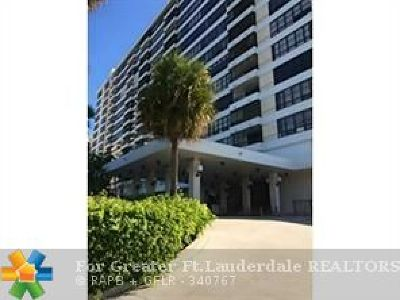 Hallandale Condo/Townhouse For Sale: 500 Three Islands Blvd #521