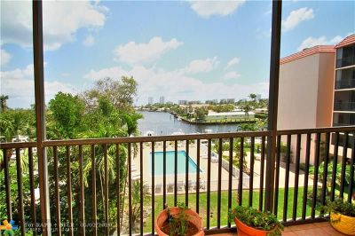 Pompano Beach Condo/Townhouse For Sale: 740 S Federal Hwy #415