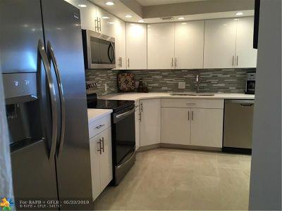 Pompano Beach Condo/Townhouse For Sale: 3010 North Course Dr #805