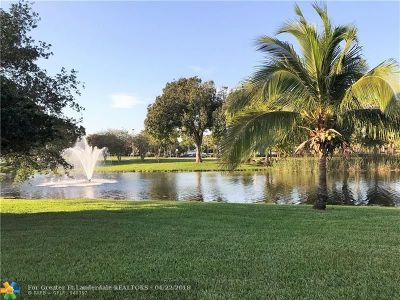 Coconut Creek Condo/Townhouse For Sale: 2708 Nassau Bend #A1