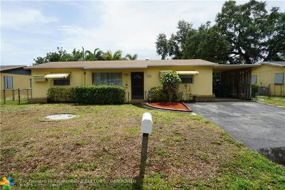 Davie Single Family Home For Sale: 5300 SW 57th St