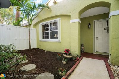 Plantation Single Family Home For Sale: 9842 NW 2nd Ct