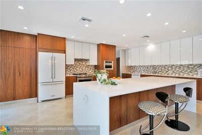 Wilton Manors Single Family Home For Sale: 2201 NE 17th Ter