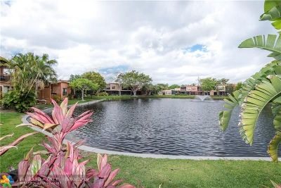 Plantation Condo/Townhouse For Sale: 9727 N New River Canal Rd #632