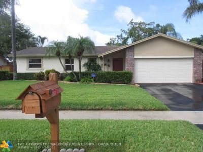 Margate Single Family Home For Sale: 5370 NW 29th Ct