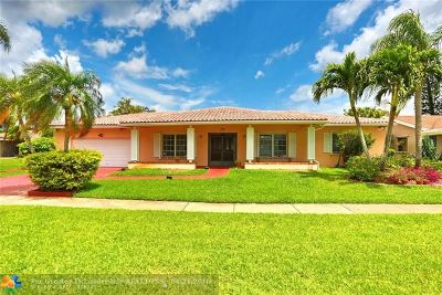 Weston Single Family Home For Sale: 16601 Royal Poinciana Ct
