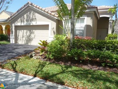 Weston Single Family Home For Sale: 1063 Bluewood Ter