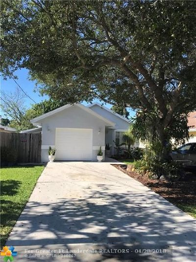 Oakland Park Single Family Home For Sale: 930 NE 36th St