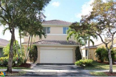 Weston Single Family Home For Sale: 4073 Pine Ridge Ln
