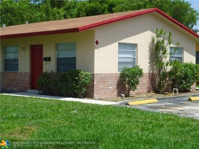 Pompano Beach Multi Family Home For Sale: 916 NE 12th Ave