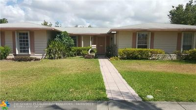 Palmetto Bay Single Family Home For Sale: 8451 SW 152nd St