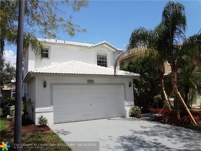 Coconut Creek Single Family Home For Sale: 4923 Pelican Mnr