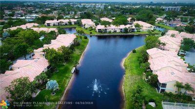 Boca Raton Condo/Townhouse For Sale: 23085 Aqua Vw #7