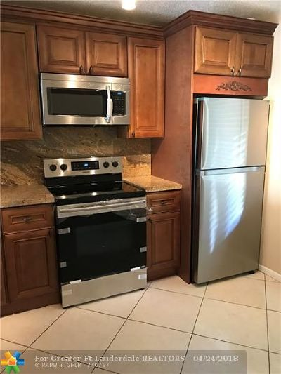Coconut Creek Condo/Townhouse For Sale