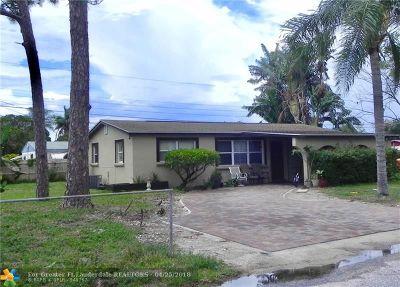 West Palm Beach Single Family Home For Sale: 2201 E Carrol Cir